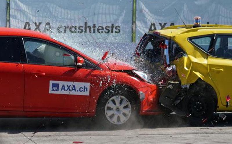 发生交通事故造成他人人身伤亡或者财产损失