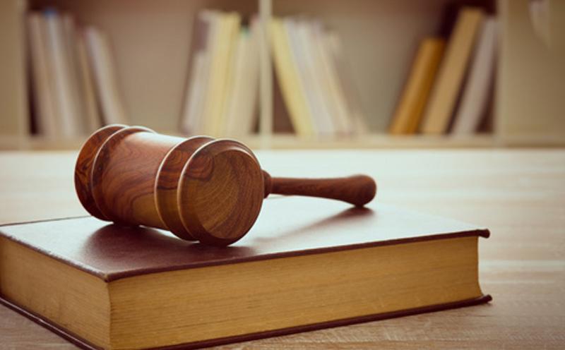 各方当事人的事故责任、费用的垫付及庭审所查明的情况