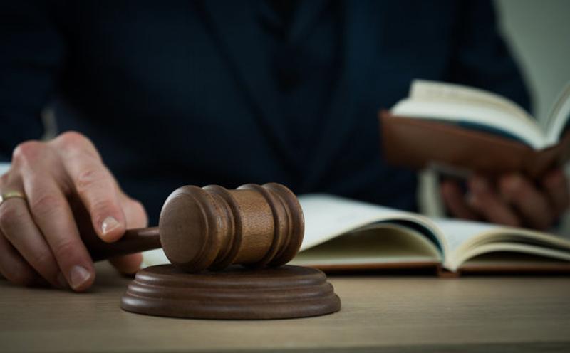 判决被告一承担事故全部责任