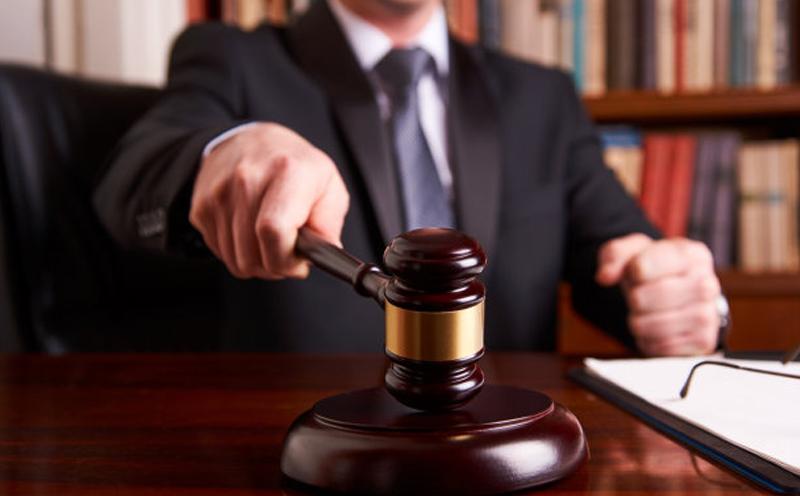 他人借车发生交通事故,车主被家属告上法庭要求赔偿